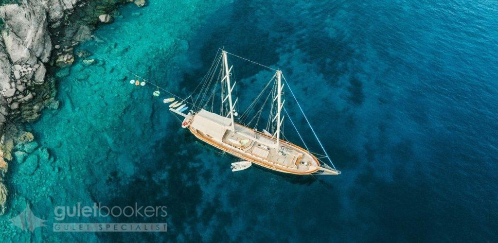 Private Yacht Charter with Kaya Guneri 4