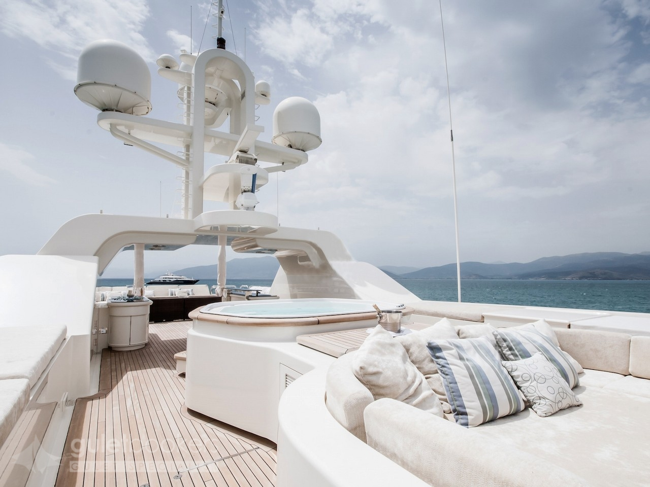 Motor Yacht Mercury