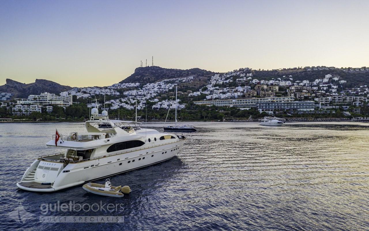 Motor Yacht Sanref