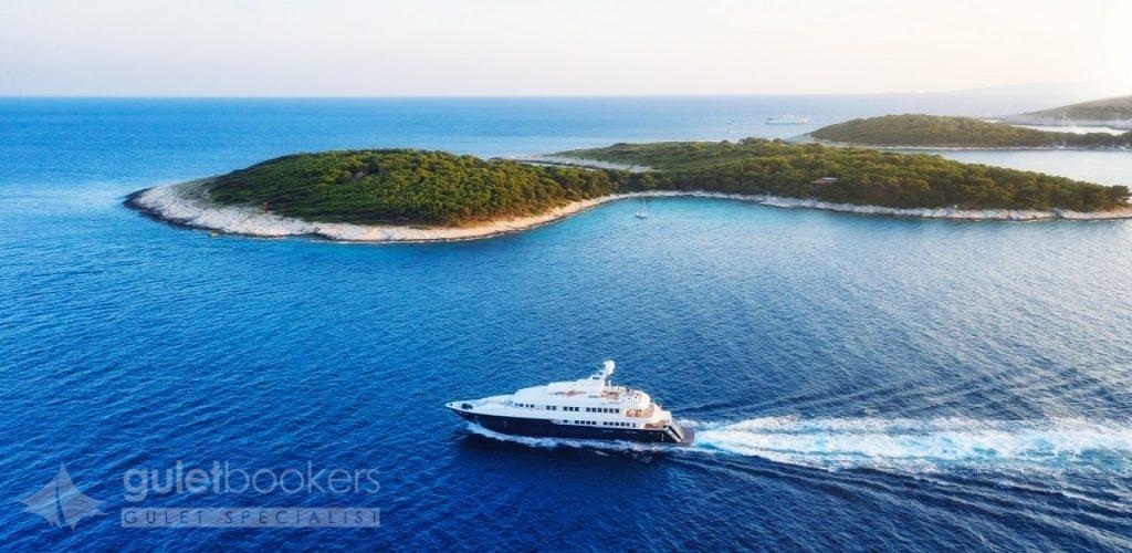 Motor Yacht for Charter in Dalmatian Islands