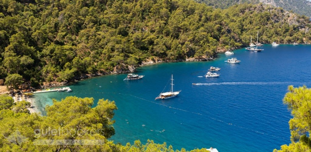 The best aspects of staying on a boat